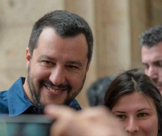 Matteo Salvini ad Euroflora in attesa della chiamata di Mattarella?