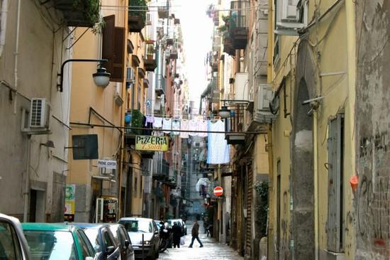 Napoli – Agguato nei Quartieri Spagnoli: Mario Mazzanti morto a 29 anni