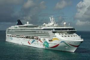 Nave da crociera incagliata alle Bermude