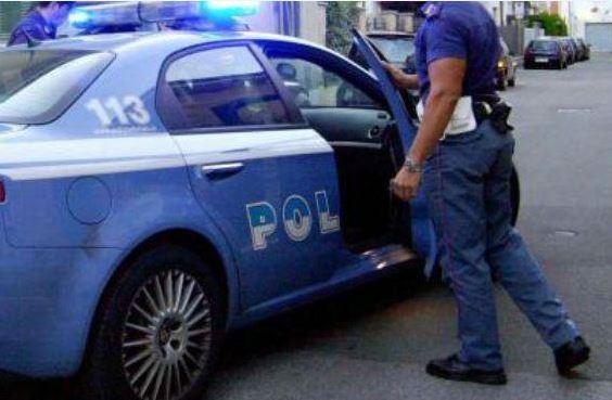 Tenta di rubare una bici poi colpisce il proprietario, arrestato