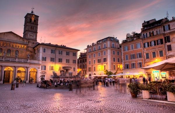 Roma – Trastevere, turisti non pagano conto ristorante: picchiati dal cameriere