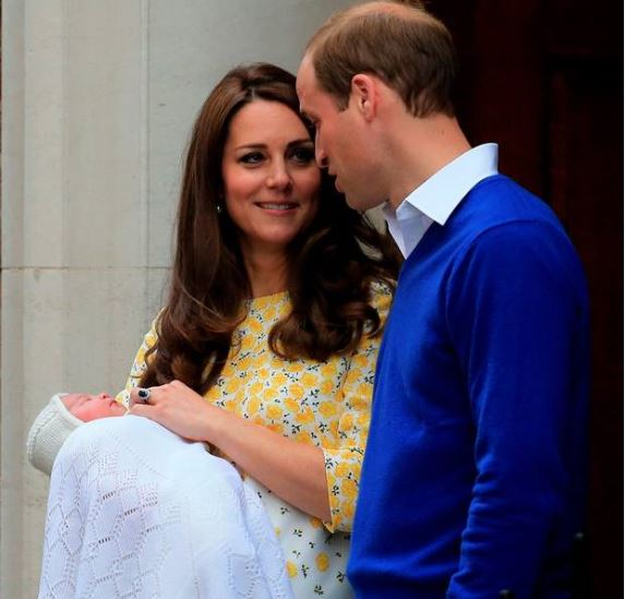 "Gossip – Kate e William presentano la ""Royal Girl"": ecco la prima FOTO"
