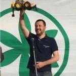 Salvini a Pesaro: comizio lampo di 8 minuti per lancio di uova e pomodori
