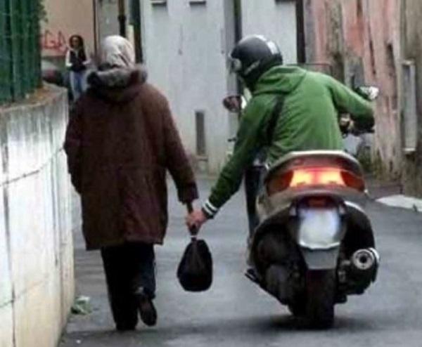 Genova, sorpreso a rapinare una ragazza, arrestato 36enne
