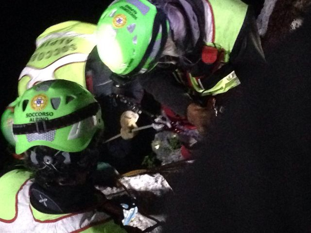 Escursionista 70enne soccorso nella notte a Cala dell'Oro