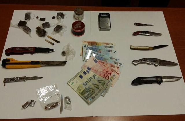 Asti – Blitz anti droga in una scuola, denunciati spacciatori minorenni