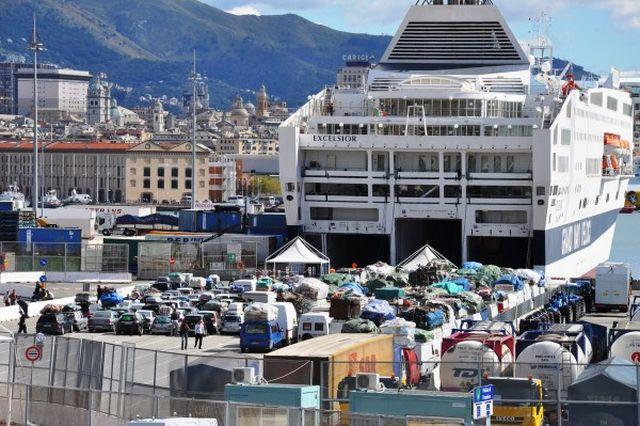 Genova – Spacciatori arrestati al Terminal Traghetti