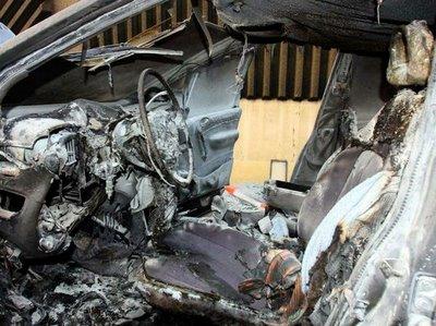 Via Turati, auto in fiamme