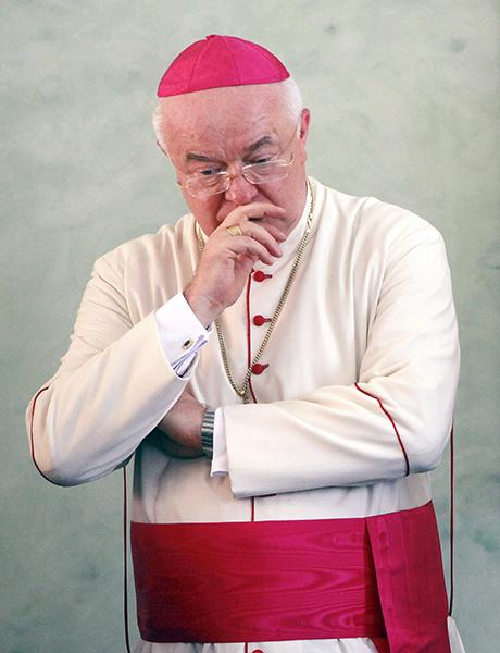 Pedofilia – Rinviato a giudizio Jozef Wesolowski: lo fece arrestare Papa Francesco