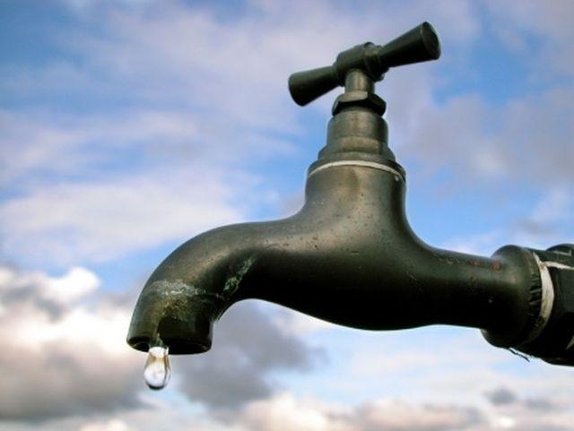 Crevari senz'acqua domani per lavori urgenti alle tubazioni