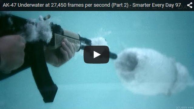 Kalasnikov spara anche sott'acqua – VIDEO