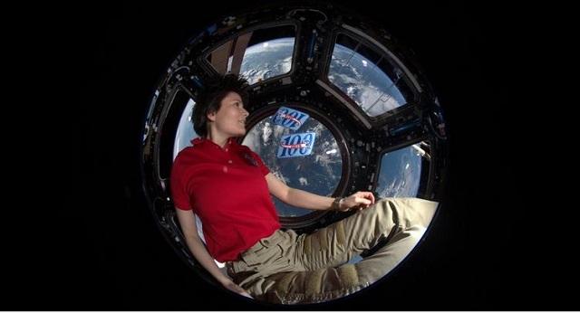 Samantha Cristoforetti tornata sulla Terra: atterrata con successo