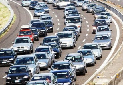 Incidente sull'Autostrada A1 Milano - Napoli tra Fidenza e Fiorenzuola, lunghe code