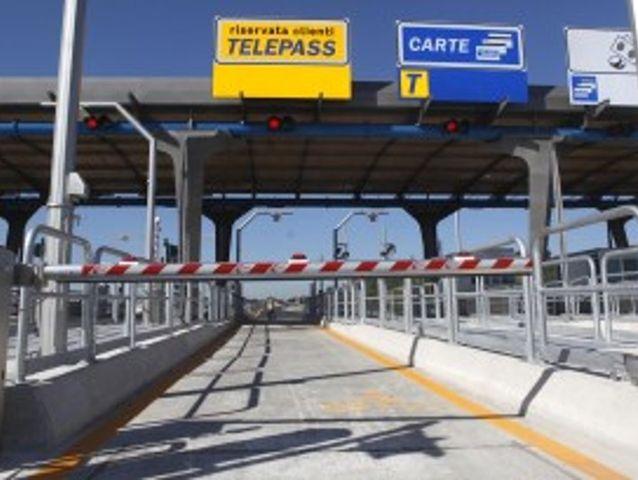 Sciopero Autostrade domenica – Si pagherà solo con Bancomat, Viacard e Telepass