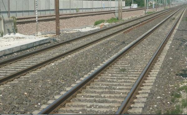 Bologna – Coniugi investiti da un treno