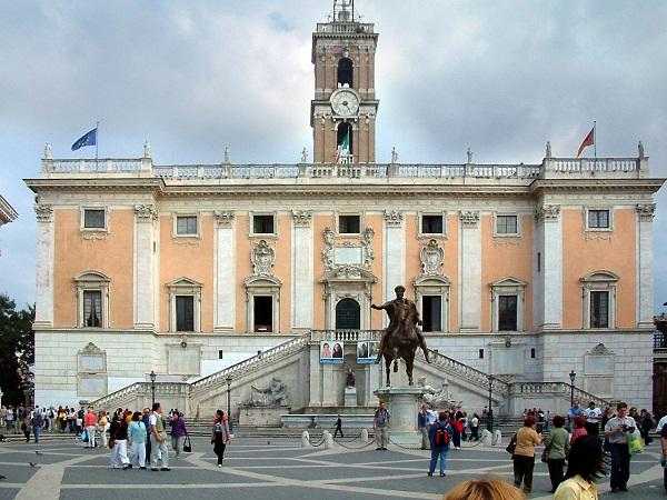 Roma – Stipendi dipendenti Comune di Roma non saranno toccati