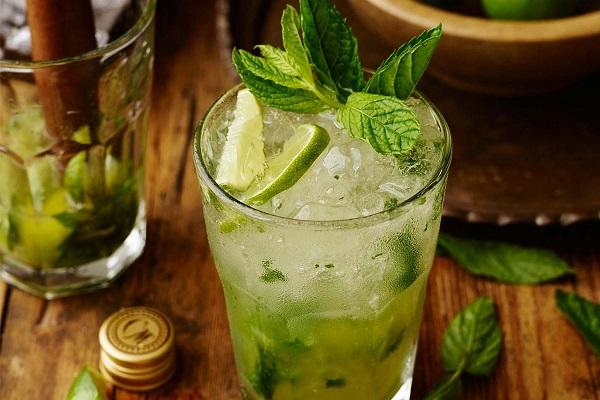 Genova – Nuova stretta sulla movida: divieto promozione consumo alcol per i locali