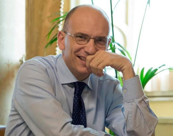 "Enrico Letta a Dimartedì: ""De Luca oggi è come Berlusconi ieri, deve dimettersi"""