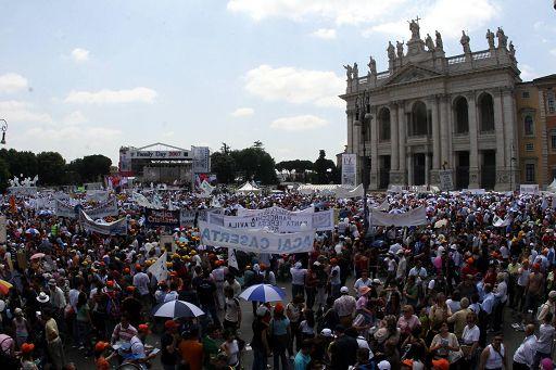 Family Day 2015: A Roma un milione in difesa della famiglia tradizionale