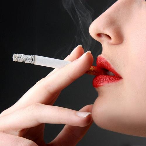 Salute – Cancro dei fumatori: arriva nuova terapia mirata