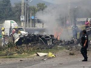 Aereo su autostrada in Messico, 5 morti