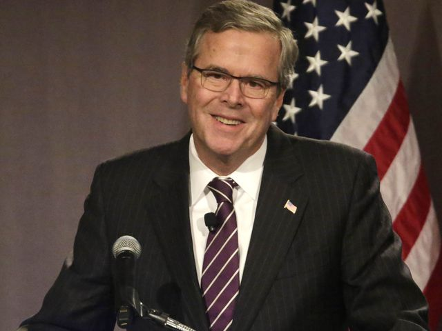 Jeb Bush contro Papa Francesco: non mi faccio dettare la politica economica