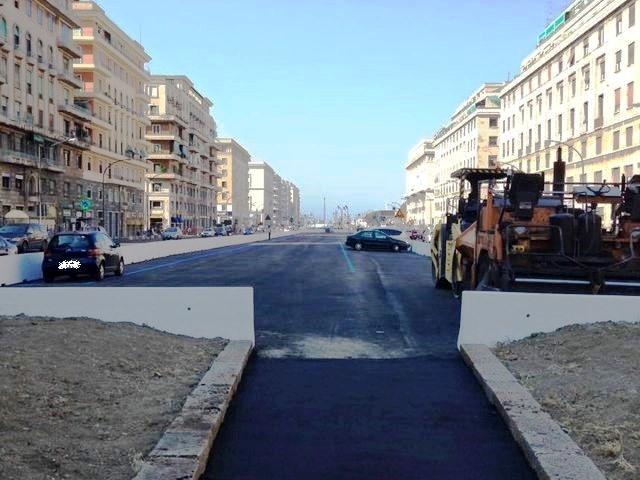 Parcheggi al posto delle aiuole in viale Brigate Partigiane
