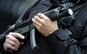 Francese uccide a coltellate turista inglese al grido di Allah Akbar