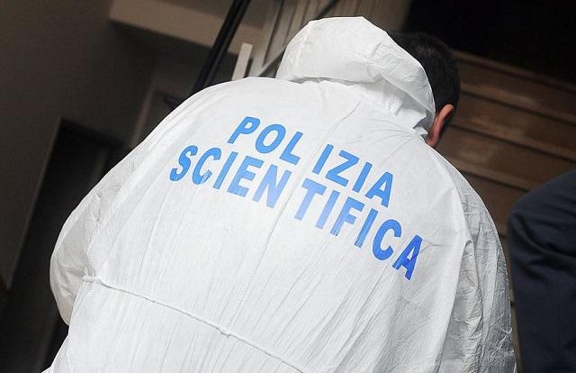 Milano, architetto ferito con la soda caustica: si cerca l'aggressore