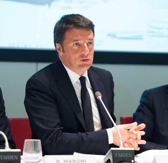 """Renzi caustico: """"Niente assunzioni a scuola e Marino a casa se non sa governare"""""""