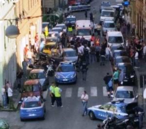 Poliziotti aggrediti in via Sampierdarena