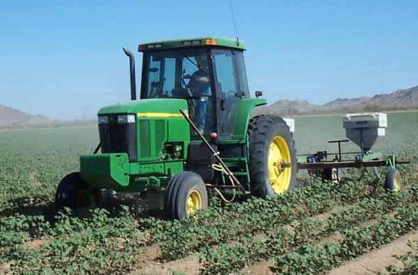 Genova – Corteo di trattori e macchine agricole da Voltri al Centro