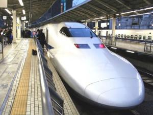 Incendio su treno proiettile in Giappone