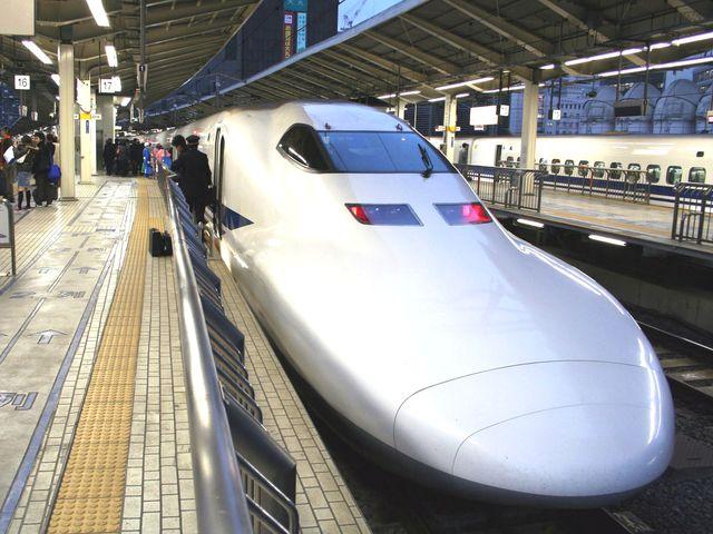 Giappone – Incendio su treno proiettile Shinkansen, 2 morti