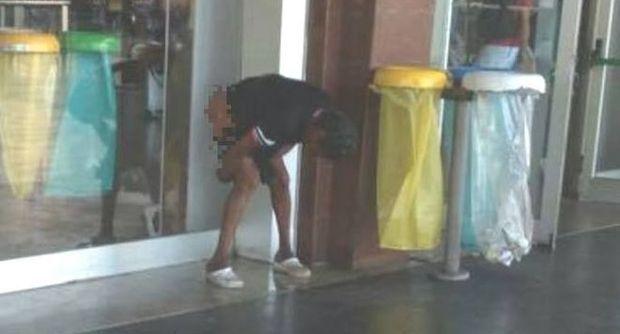 Roma – Uomo defeca ad ingresso Stazione Termini: polemiche per foto shock