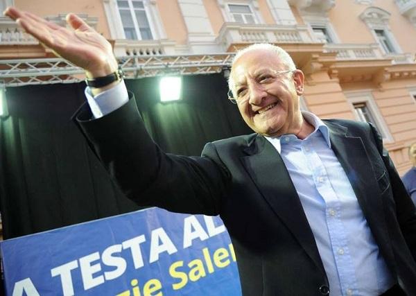 Impresentabili – Vincenzo De Luca denuncia Rosy Bindi, ma M5S denuncia lui