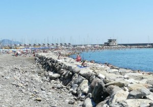 Ritrovato corpo senza vita sulla spiaggia di Noli