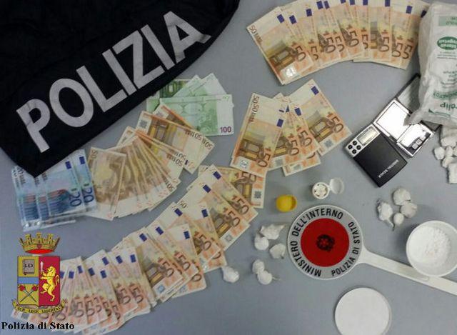 Bolzaneto, nascondeva 90 grammi di cocaina in casa, arrestato