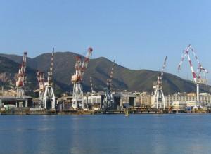 Genova - Lavoratori appalti Iren in corteo davanti a Tursi