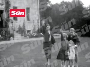 Video segreto con saluto nazista di Elisabetta II