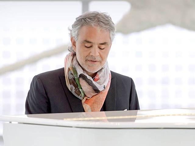 """Il 23 ottobre uscirà """"Cinema"""", il nuovo album di Andrea Bocelli"""