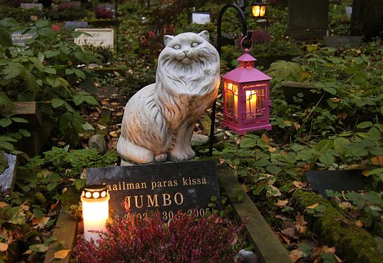 Fido Custode – Apre a Milano il più grande cimitero per animali