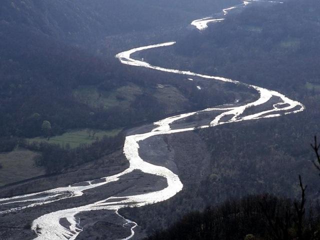 Sassuolo – Sorelle annegate nel fiume Secchia: una morta per congestione, l'altra per salvarla