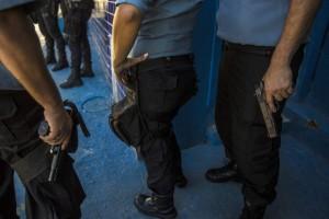 Brasile, stupro collettivo su due ragazze