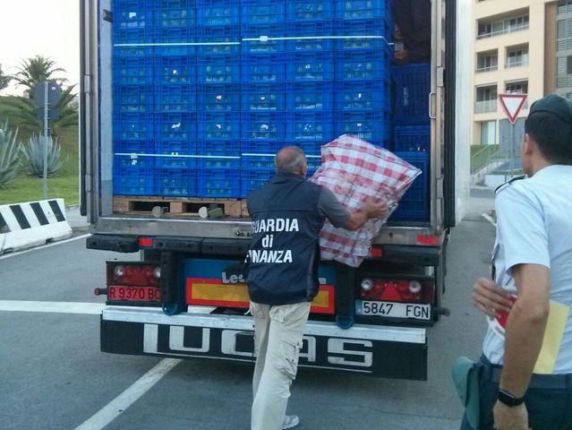 Marjiuana su un camion di frutta nel Porto di Savona