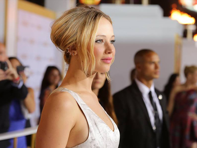 Gossip – Jennifer Lawrence ancora a terra, questa volta sul red carpet a Madrid