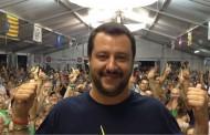 Migranti - Galantino (Cei) contro Salvini:
