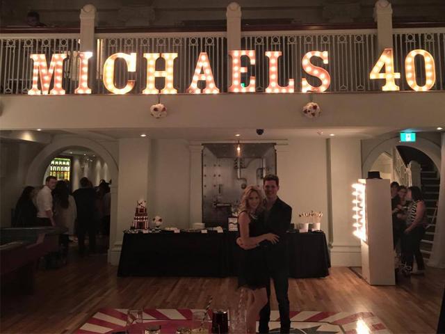 Gossip – Festa a sorpresa per i 40 anni di Michael Bublé