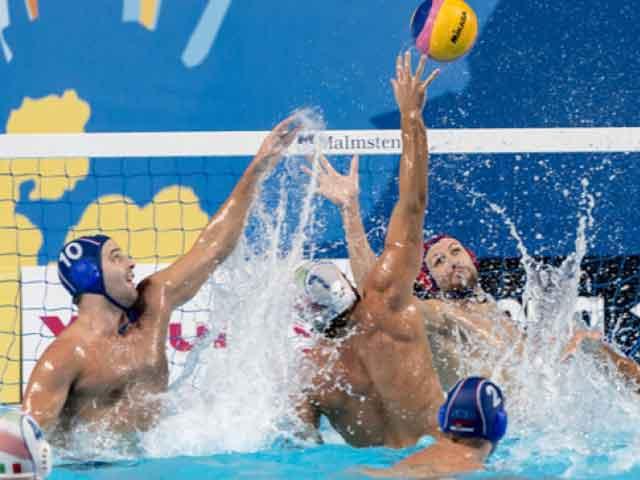 """Campionati del Mondo. Pallanuoto. Anche il """"Settebrutto"""" è fuori. La Serbia s'impone 10-6"""