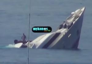 Maxi yacht affondato a Mykonos, in Grecia